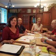 """Dr. Bärbel Kofler, Vorsitzende des SPD-Kreisverbandes leitete die Sitzung des """"Erweiterten Vorstandes"""""""