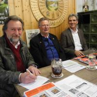 Dirk Reichenau, Sepp Konhäuser und Hans Schild beim Politischen Aschermittwoch in Ledern